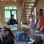 Seminaro dalyviai klauso Vytauto Ališausko paskaitos
